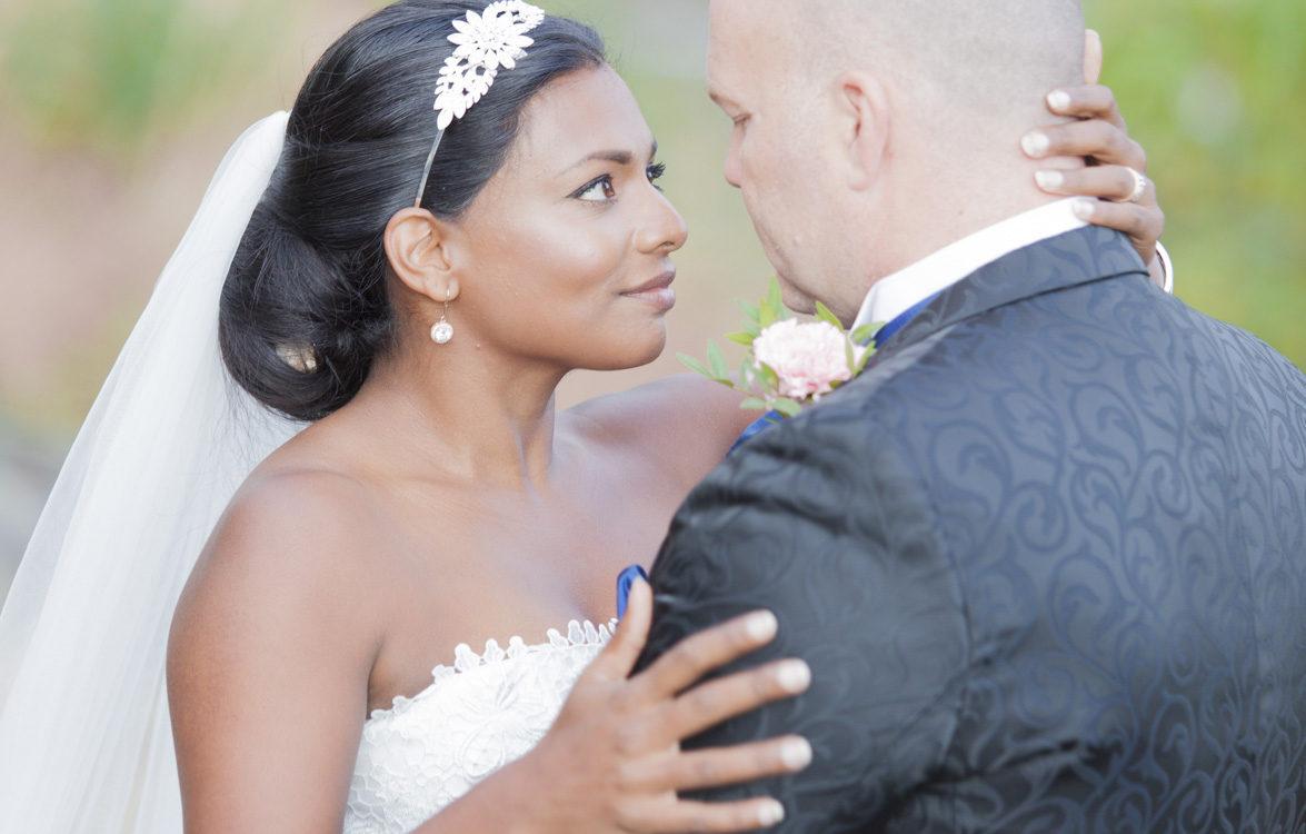 Bröllopsporträtt på Långholmen med kvällsljus