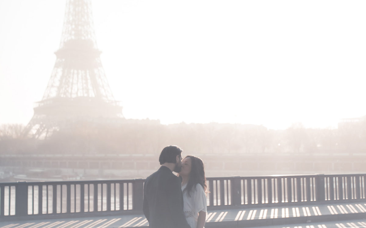 Prewedding sunrise in Paris